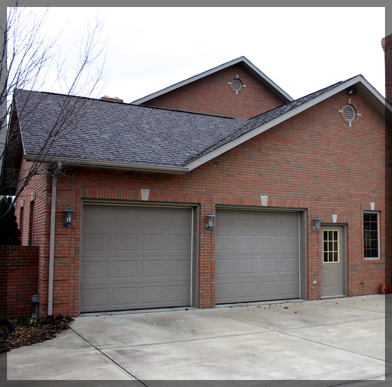 Twin-garage-doors-on-Residential-home