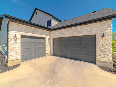 garage-door-replacemen